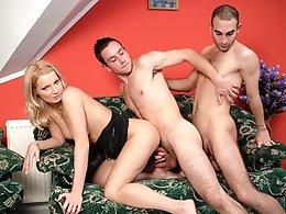 Bi Creampie Adventures-Roberto A,Angie Blond,James C