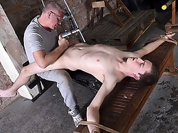Vibrating The Cum From His Cock - Eli Manuel