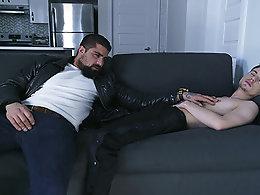 Hangover (Ryan Bones, Lev Ivankov)